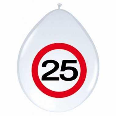 24x stuks ballonnen 25 jaar verkeersbord 30 cm