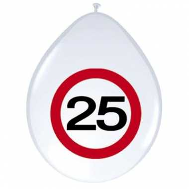 Ballonnen 25 jaar verkeersbord 30 cm