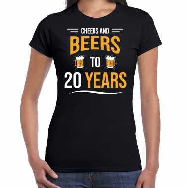 Cheers and beers 20 jaar verjaardag cadeau t-shirt zwart voor dames