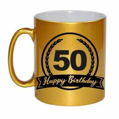 Happy birthday 50 years gouden cadeau mok / beker met wimpel 330 ml