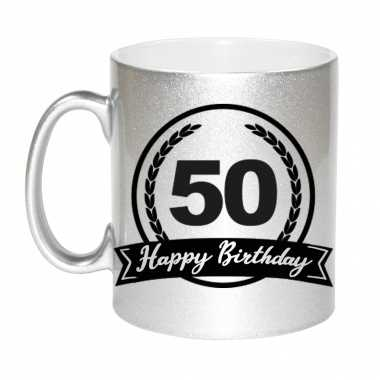 Happy birthday 50 years zilveren cadeau mok / beker met wimpel 330 ml